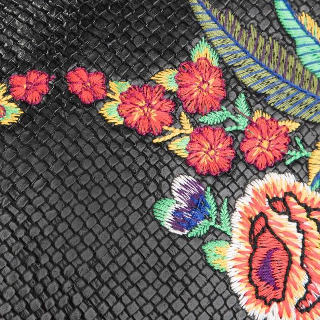 Desigual Virágos hátizsák 19SAXPDM Desigual Virágos hátizsák 19SAXPDM Desigual  Virágos hátizsák 19SAXPDM 653552e7ad